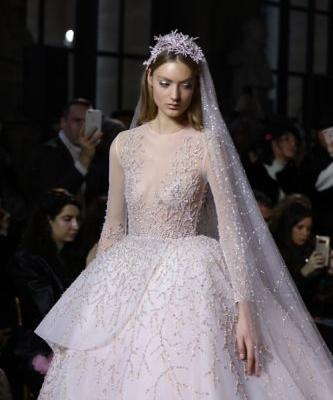 The Aegean Bride crowns the GEORGES HOBEIKA Spring Summer 2018