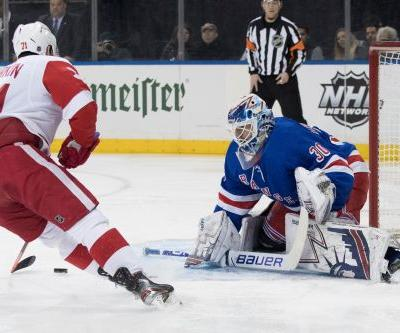 Athanasiou scores twice, Red Wings top Rangers 3-2