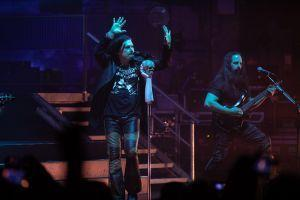 "In Photos: Dream Theater Take Fans Down ""Memory"" Lane at New York's Beacon Theatre"