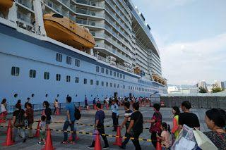Carnival Venture Orders First China-Built Cruise Liners