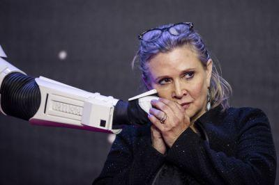 Drugs Are Bad M'kay: Autopsy Reveals Carrie Fisher Had Coke, Ecstasy, Alcohol And Heroin In Her System
