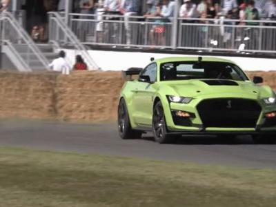 The 2020 Ford Mustang Shelby GT500 Sounds as Loud as it Looks