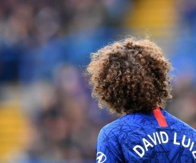 Luiz signs new two-year deal with Chelsea