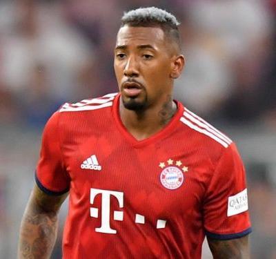 Boateng urged to join PSG after seeing window close on Man Utd move