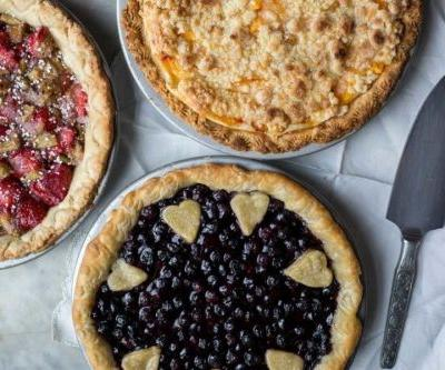 Fun ways to crimp pie crust: Everyday tools, unique designs