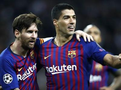 Messi is unique & continues to amaze at Barcelona - Busquets