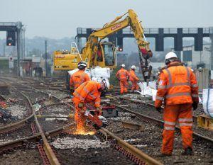 Weekend Rail Passengers Urged To Check Before Travelling Ahead Of Upcoming Modernisation work