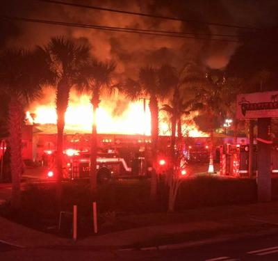 'Extremely large' fire at Daytona Beach shopping plaza deemed suspicious