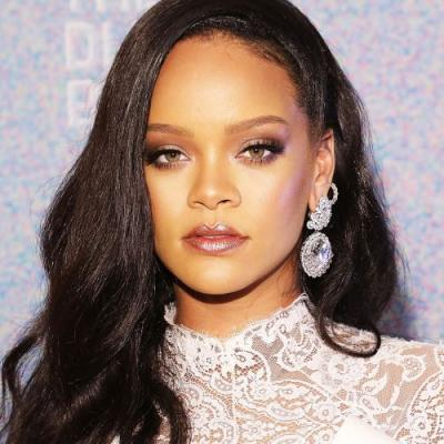 PSA: You Can Re-Create Rihanna's Allure Cover With These 8 Essential Products