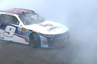 William Byron holds off Paul Menard to win at Indianapolis | 2017 NASCAR XFINITY SERIES