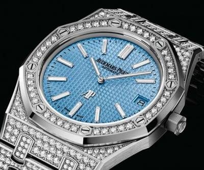 """Audemars Piguet Unveils New Lineup of Iced-Out Royal Oak """"Jumbo"""" Extra-Thins"""