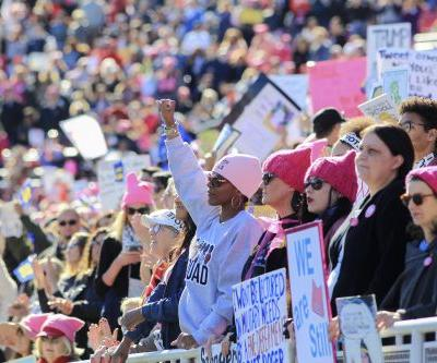 Will Cell Phones Work At The 2019 Women's March? There Are Ways To Deal
