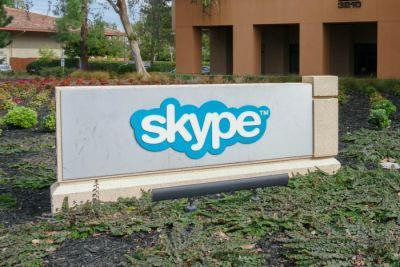 Microsoft seeks Indian customers with exclusive Skype Lite app