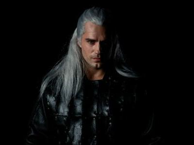 Henry Cavill is bewitching in first official clip of Netflix's Witcher series