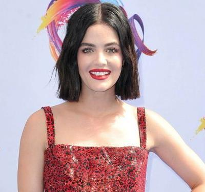 The Most Talked-About Red Carpet Looks From Teen Choice Awards