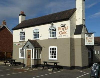 The Royal Oak, Worcs, pub review: a pint in Eddie Grundy's local