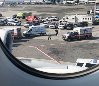 Reports: Plane quarantined in New York after about 100 passengers report feeling sick 