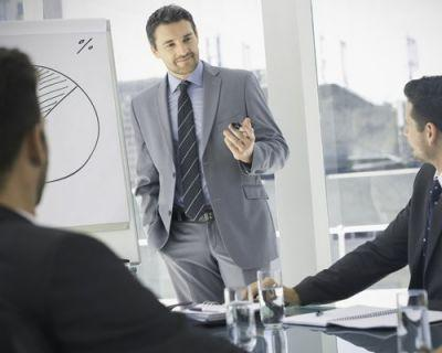 Learn how to effectively manage a team with the help of this online class