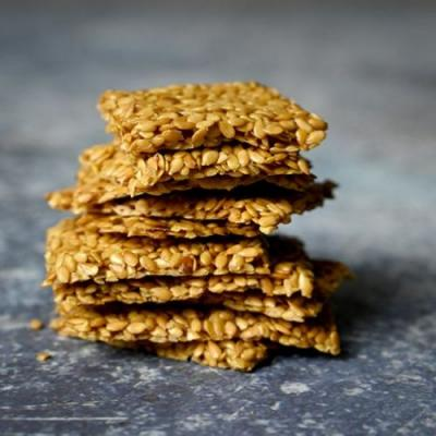 Zero Carb Flax Seed Crackers