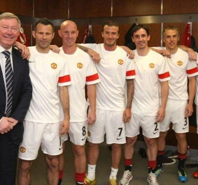 Neville leads tributes to Man Utd 'mentor' as Class of '92 coach Eric Harrison passes away aged 81