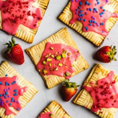 Rhubarb Strawberry Pop Tarts