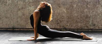 Vinyasa Yoga: All You Need to Know to Get Started