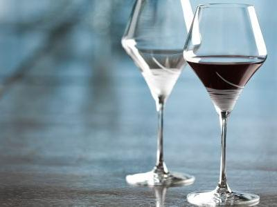 The Best Wine Glasses For Holiday Entertaining