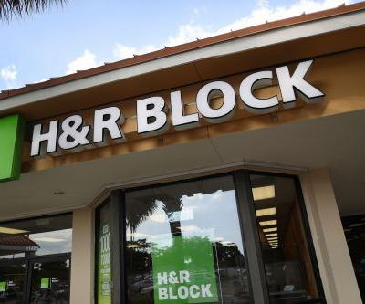 H&R Block closing 400 locations
