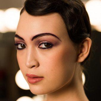 How-To Beauty: Makeup Artist Vincent Oquendo's Dramatic 1920s Eye Look