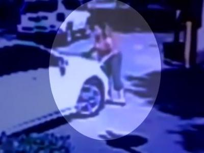 Video: Pregnant woman jumps onto roof of moving car while trying to stop purse thieves