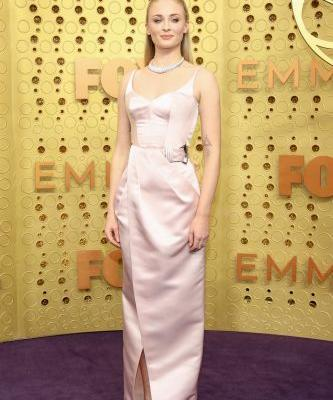 Sophie Turner Looks Pretty in Pink at the 2019 Emmy Awards