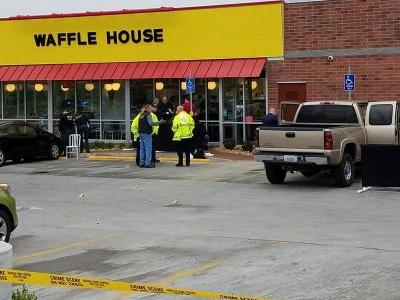 29-year-old customer who stopped the nude Waffle House shooter by wrestling away his rifle is hailed as a hero