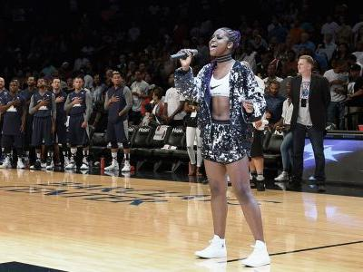 National anthem singer kneels after performance at Nets game