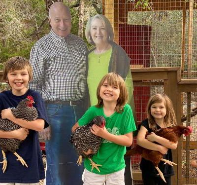 Couple sends life-sized cardboard cutouts to grandkids after coronavirus canceled holiday plans