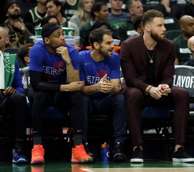 Blake Griffin still day-to-day for Game 2 vs. Bucks, say Detroit Pistons