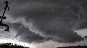 Devastating storm lashes central USA, reports of tornados pour in