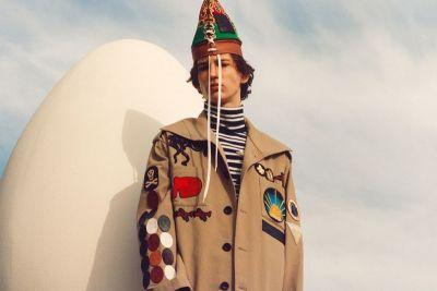 Loewe's 2018 Spring/Summer Collection Is Filled with Colorful Stripes and Quirky Embellishments