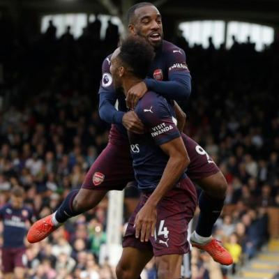 Lacazette and Aubameyang shine as Arsenal crushes Fulham 5-1