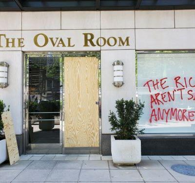 Multiple D.C. Restaurants Stand in Solidarity With Protesters While Suffering Property Damage