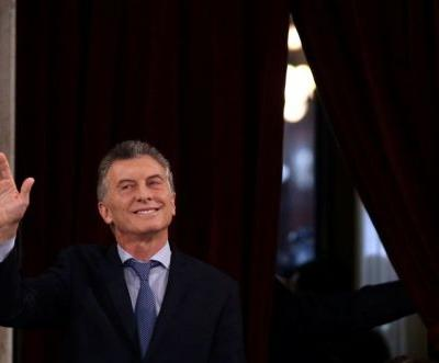 The peso is soaring after Argentina's central bank raises rates to 40%