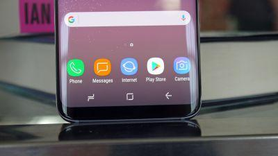 No you're not going crazy - the Samsung Galaxy S8 home button moves around