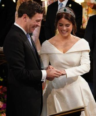 Princess Eugenie & Jack Brooksbank's Wedding Body Language Vs. Prince Harry & Meghan Markle's Is Really Similar