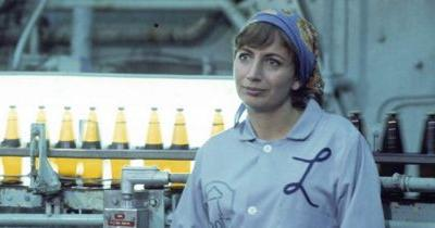 Penny Marshall, Director of 'Big' and Star of 'Laverne and Shirley,' Dead at 75