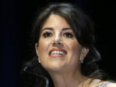 Lewinsky storms offstage after 'off limits' Clinton question