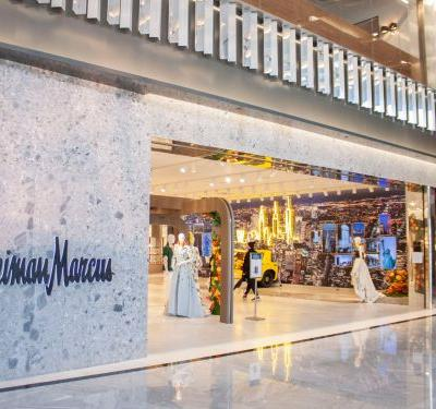NYC's first-ever Neiman Marcus just opened in Hudson Yards. The CEO has described the store as a 'magical' and 'immersive' experience - here's what I found inside