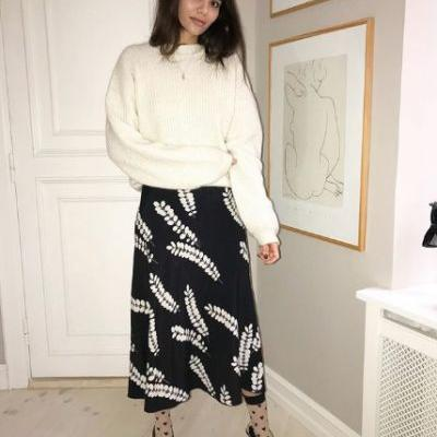 How to Wear a Maxi Skirt This Winter