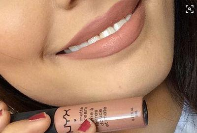 This Is the Most Popular Nude Lipstick on Pinterest