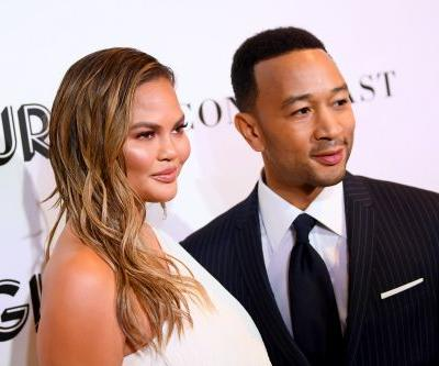 John Legend's Photo Of Chrissy Teigen & Luna On Christmas Eve 2018 Is A Sweet Family Moment