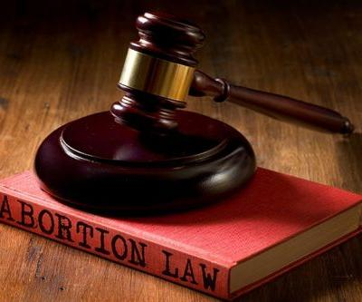 Doc Groups Generally Positive on SCOTUS Abortion Ruling