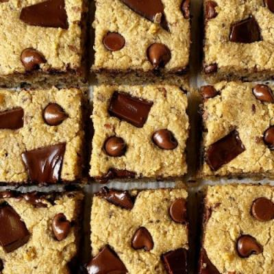 Chocolate Chunk Keto Blondies